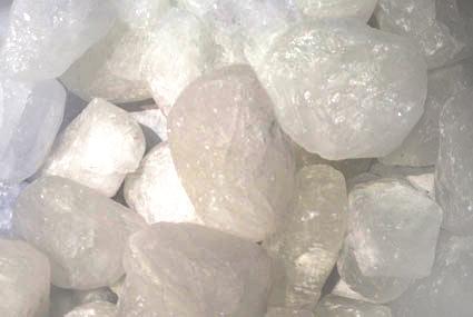 instants mieux-être - Un déodorant naturel : la pierre d'alun