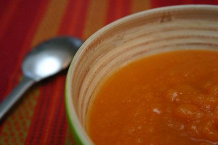 instants mieux-être - Soupe de carottes au lait de coco