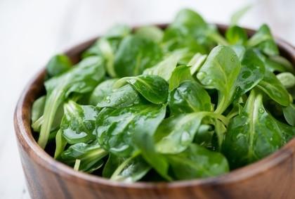 Salade de mâche et crudités