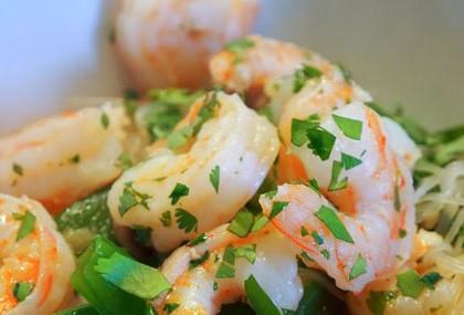 Salade aux crevettes et vermicelles de riz